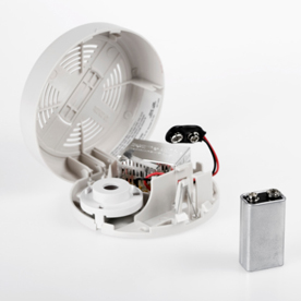 carbon monoxide alarm with a battery