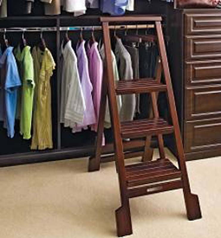 Recalled Frontgate step ladder