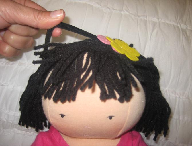 Picture of hair loop on recalled AUDREY doll