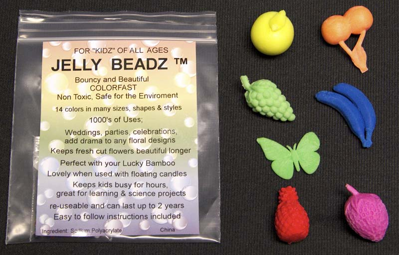 Doodlebutt Jelly BeadZ Magic Growing Fruity Fun water-absorbing polymer toys.