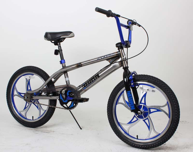 Dynacraft Avigo Youth Turn N Burn Bicycles