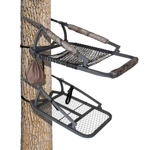 Big Game CL050 (The Outlook) tree stand