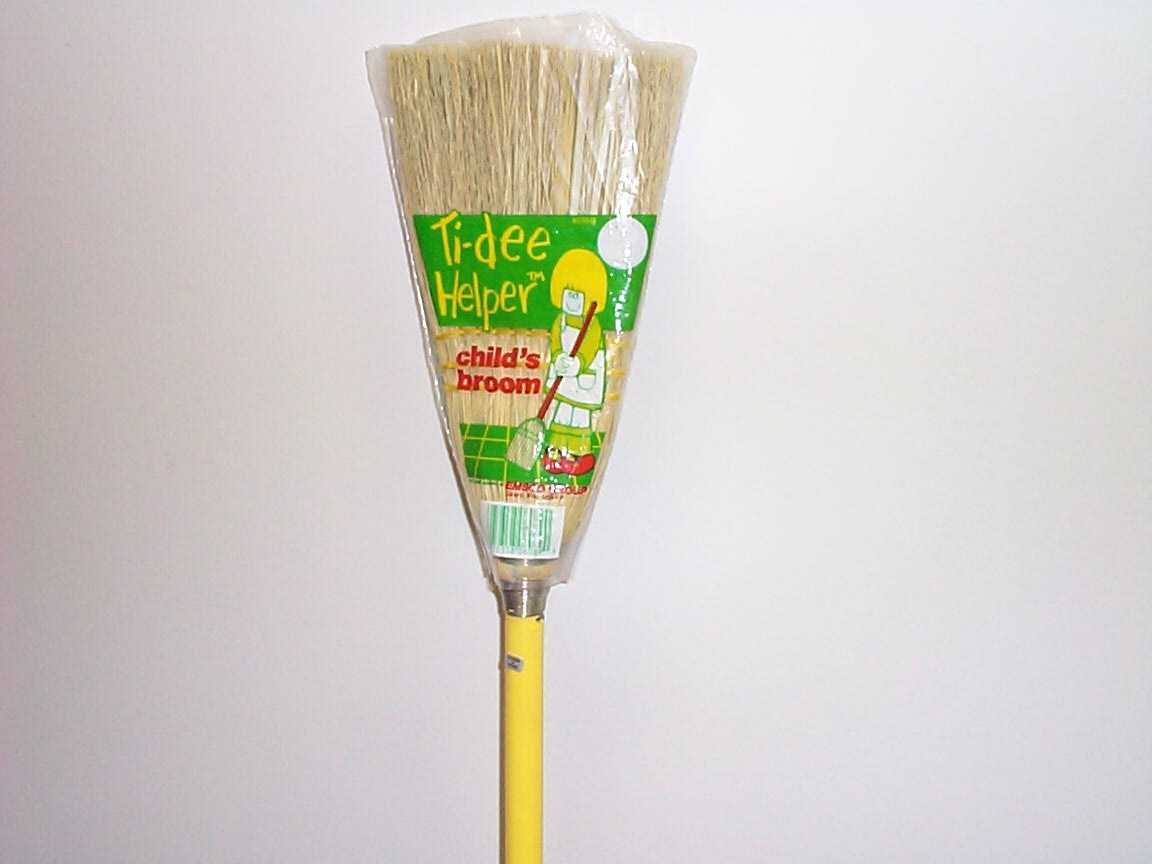 Picture of children's broom