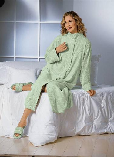 Picture of Recalled Full Length Women's Chenille Robe