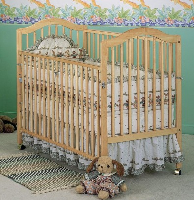 Picture of Recalled Fisher-Price logo Emerald Crib