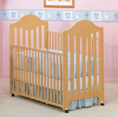 Picture of Recalled Fisher-Price logo Cottage Crib