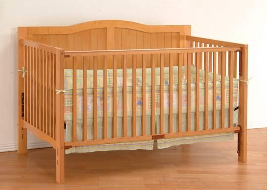 Picture of Heritage Crib - Model#07-1248 recalled Drop-Side Crib