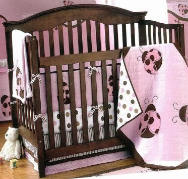 Picture of recalled 343-8192 Renew Convertible drop-side crib