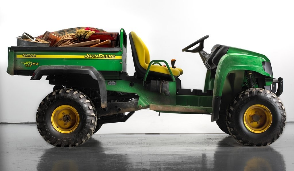 Picture of Recalled Gator HPX Utility Vehicle