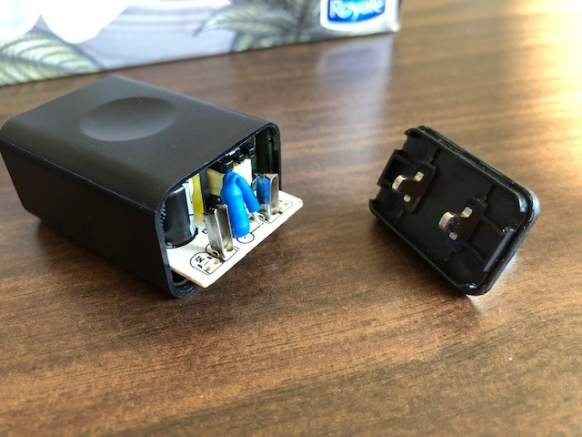 image of Series I power adapters for Skylight digital photo frames
