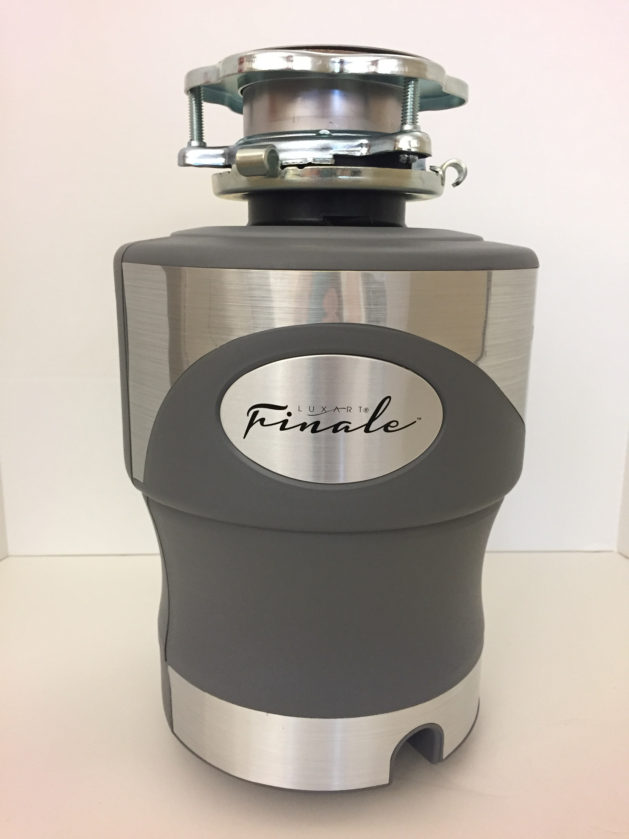 Luxart Finale 3/4 HP Garbage Disposer (model no. LXFIN34C)