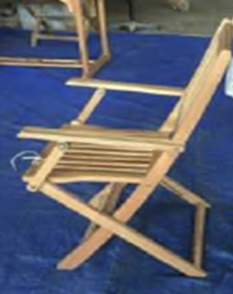 Recalled outdoor wooden folding chair- side view