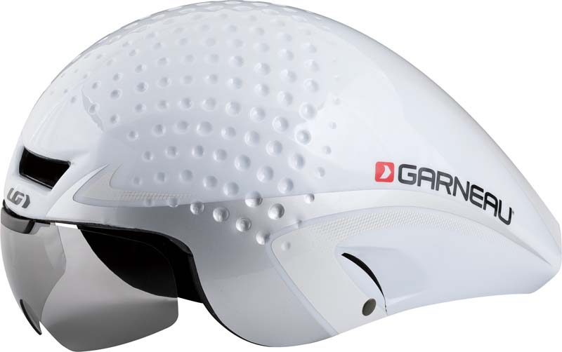 Louis Garneau P-09 aerodynamic bicycle helmet in white and silver.
