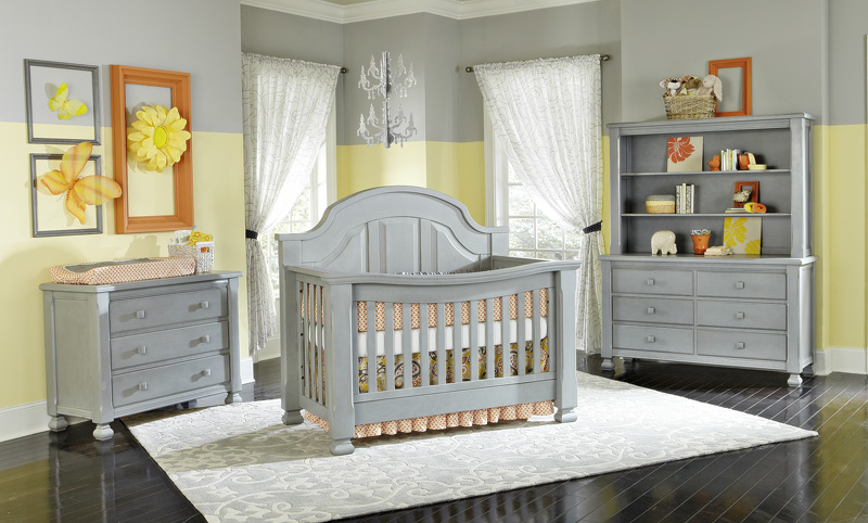 Babyu0027s Dream Everything Nice Cribs And Furniture In Vintage Grey