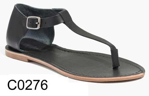 Sightseer T-Strap Thong Sandal in Black Leather