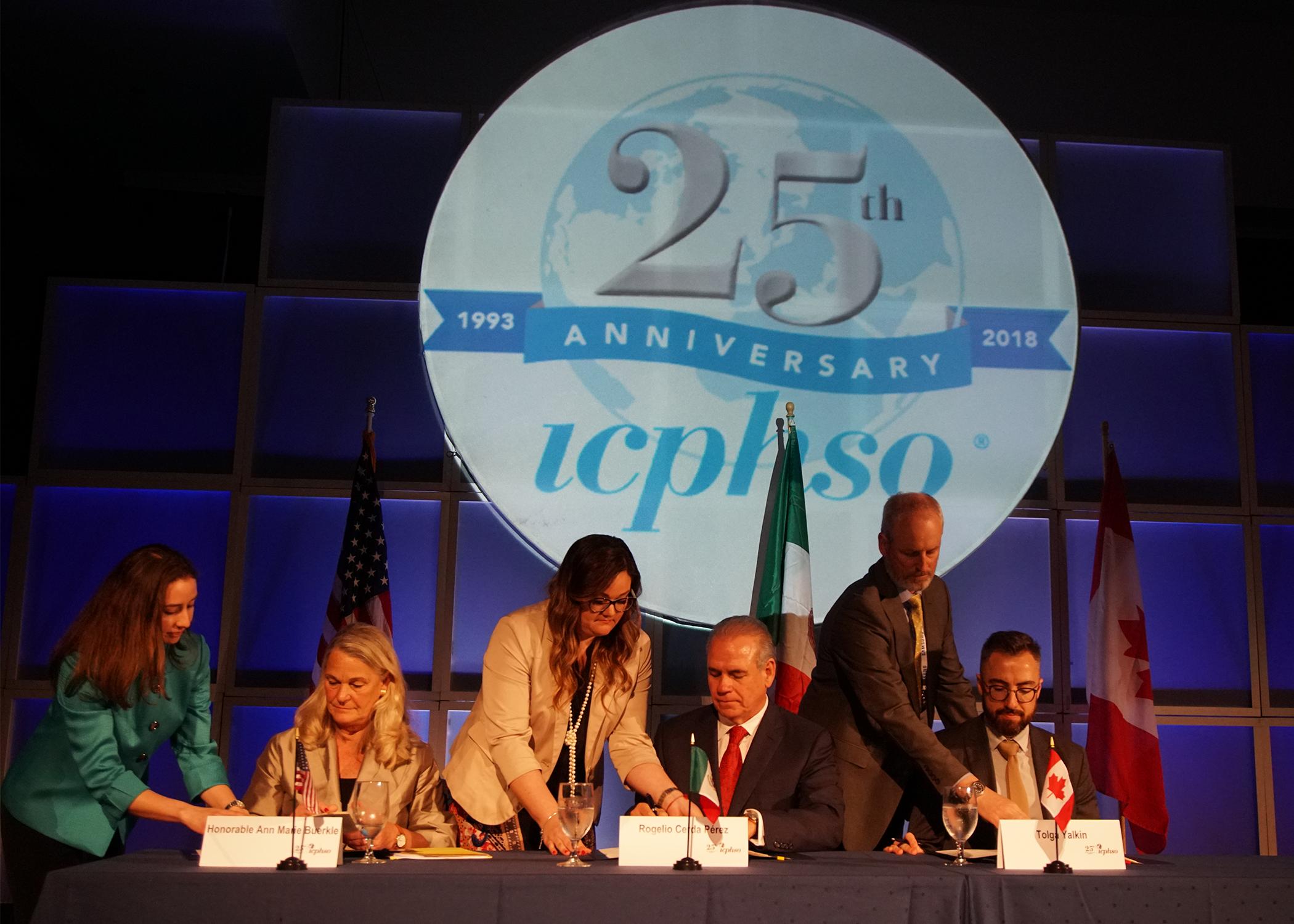 Reguladores de la seguridad de los productos en Norteamérica acuerdan incrementar la cooperación para la seguridad de los productos de consumo; se firma memorando trilateral de entendimiento durante la reunión anual de una asociación multilateral