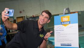 Michael Phelps takes his Pool Safely Pledge selfie