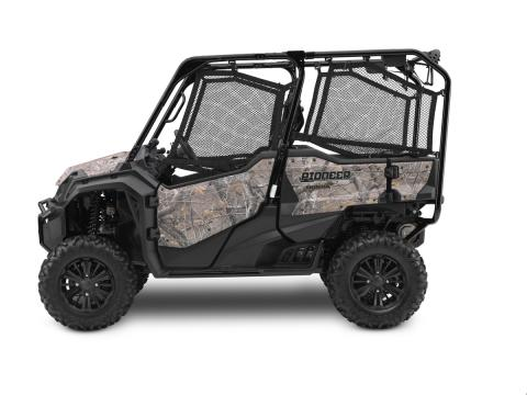 2016 Honda Pioneer 1000 side by side M5 D camouflage sideview