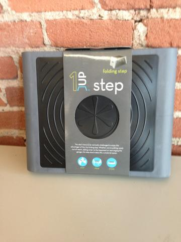 1UP Step folding step stool with product packaging