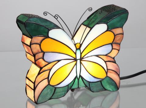 Recalled butterfly clip light