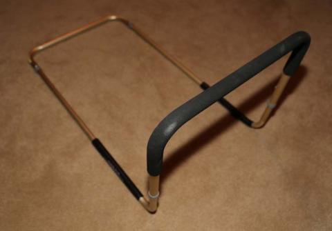 Barandala de cama adjustable modelo AJ1