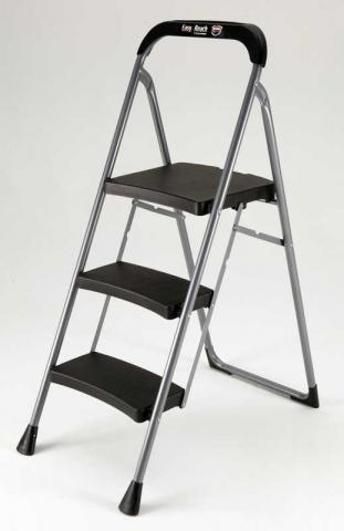 Recalled Easy Reach by Gorilla Ladders 3-Step Pro series step stools