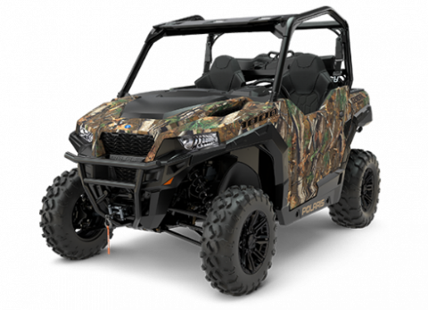 2017 Polaris GENERAL Hunter in camo