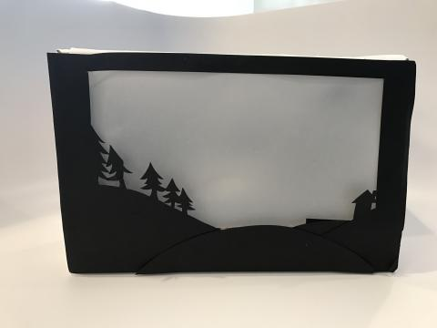 "The ""Aurora in a Box"" experiment included in the Science Expeditions Northern Lights kits"