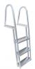 码头梯子阶梯靠边处边缘尖锐,会割伤消费者,构成割伤危害。