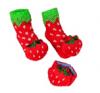 缝在袜子和腕带上的摇铃会脱落,对幼儿构成气管堵塞危害。
