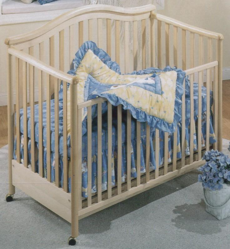 Click For Larger Image of Recalled Alex 3 in 1Model Number 910 Crib