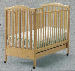 Click For Larger Image of Recalled Chelsea Model Number 100 Crib