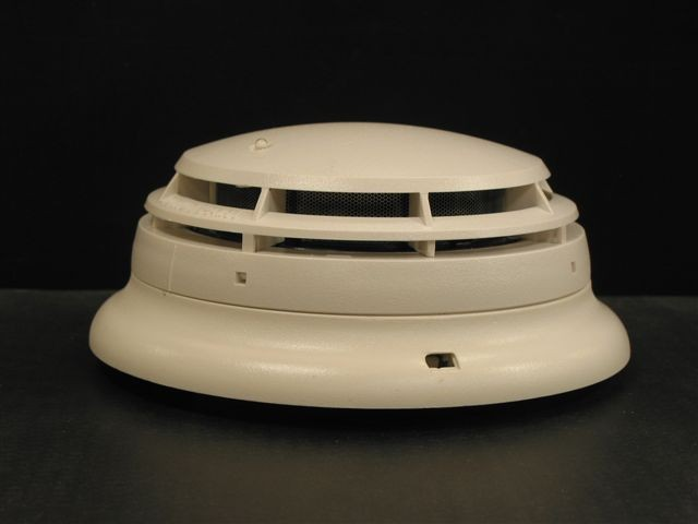 Picture of Recalled Smoke Detector