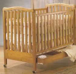 Click For Larger Image of Recalled Rosa Model Number 870 Crib