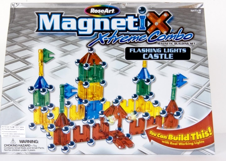 Picture of Recalled Magnetic Building Sets