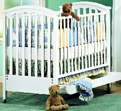 Click For Larger Image of Recalled Glenda/Toscana; Model Number 350 Crib
